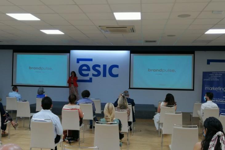 Día del Branding ESIC Sevilla y Cristina Vicedo (Aebrand)